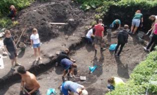 Участники историко-краеведческого лагеря - Старая Ладога, июль 2016